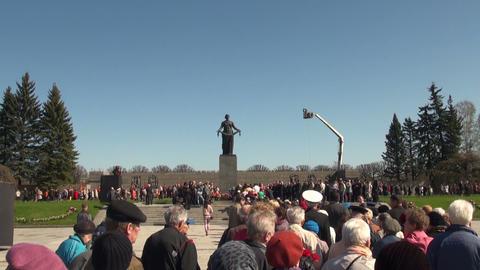 Motherland at Piskarevskoe cemetery Stock Video Footage