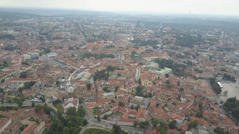 Beautiful Aerial view of the old town of Vilnius, the capital of Lithuania Archivo