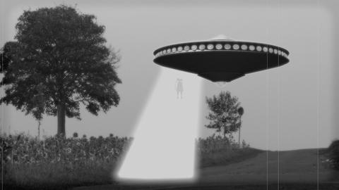 Vintage Alien Invasion: Flying Saucer abducts a Woman Animation