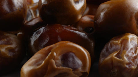 Dried dates (fruits of date palm Phoenix dactylifera), Live Action
