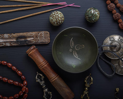 religious objects for meditation and alternative medicine Fotografía