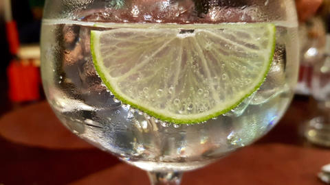Gin tonic with lemon with cinemagraph effect Live Action