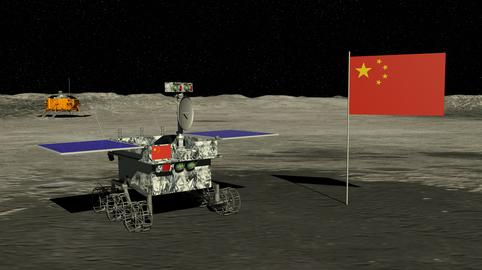 Lunar exploration vehicle Yutu 2 rolling across the surface of the moon next to Fotografía