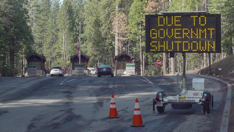 Gov't Shutdown Traffic, Zoom In Footage