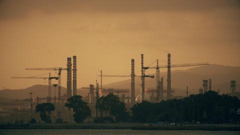 PUENTE MAYORGA, SPAIN - SEPTEMBER 27, 2018. Lubrisur oil refinery Archivo