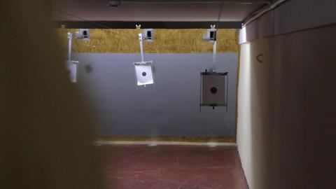 Target In Shooting Range 영상물