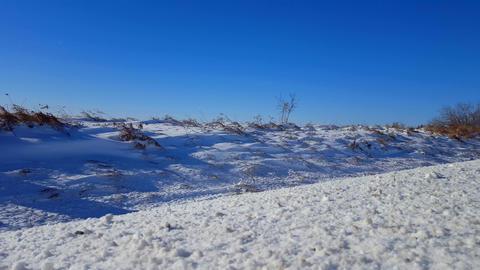Snowing 01 2