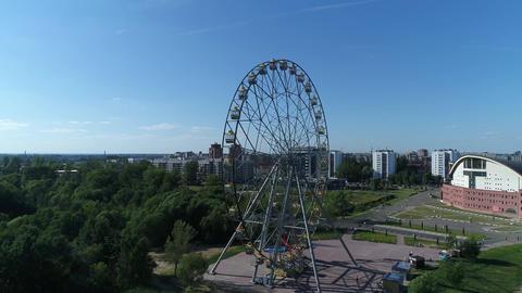 Entertainment on the Ferris wheel Live Action
