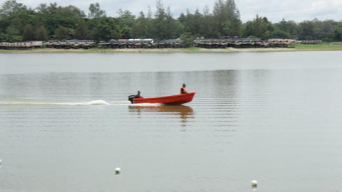 Powerful speed boat with guards driving the lake ビデオ