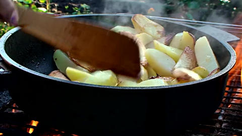 fried potatoes Live Action