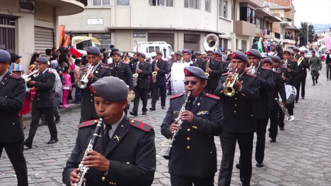 Military Brass Band in Paseo de Nino Parade 2014 ビデオ