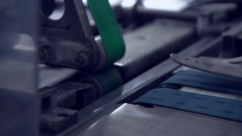 conveyor belt with postal envelope Live Action