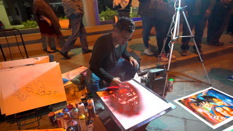 Cuenca, Ecuador - 20180602 - Spray Paint Artists - Slow Motion - Artis Live Action