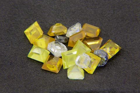 Colored diamonds 001 フォト