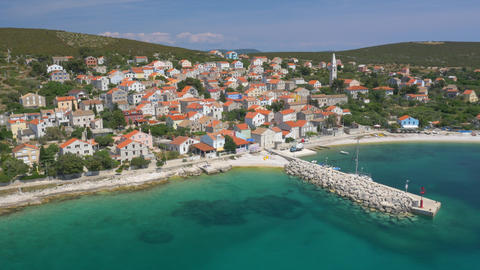 Aerial - Beautiful island-town, Unije Live Action