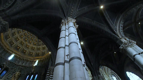 Overview of the interior of the Duomo of Siena in 4k Stock Video Footage