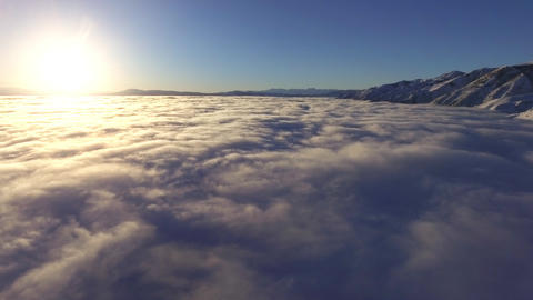 Above the Clouds At Sunrise 영상물