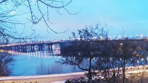 Time laps, view of the Paton Bridge over the Dnieper River in Kiev in late 영상물