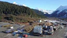 Beautiful day at shipyard in Alaska ビデオ