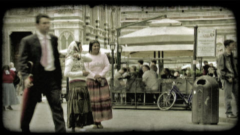 Italian Plaza 9. Vintage stylized video clip Live Action