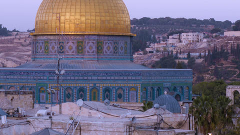 Close up time lapse of the Dome of the Rock as night falls. Cropped Footage