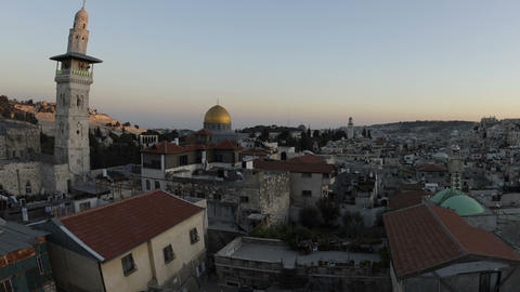 Panning shot of Tracking time-lapse of Jerusalem and the Dome of the Rock at dus Footage