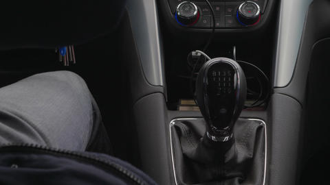 Mechanical gear shift knob, speed control during driving car Live Action