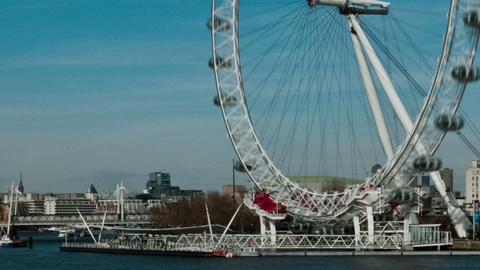 Panning time-lapse of the London Eye from Westminster Bridge Footage