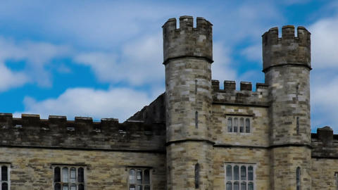 Time-lapse of the entrance of Leeds Castle in England. Cropped Footage