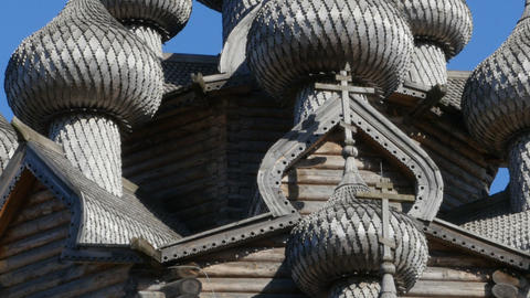 wooden carved domes of the church Archivo