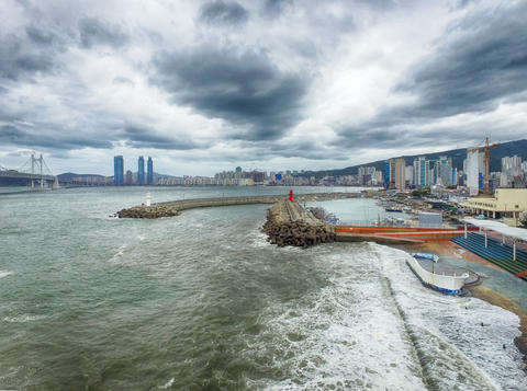 Typoon Coming Minrak Port, Gwangalli, Busan, South Korea, Asia フォト