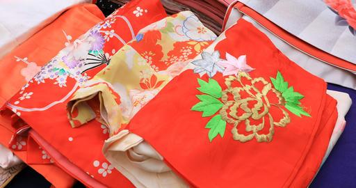 Kimono market at Yasaka shrine in Kyoto Japan ビデオ