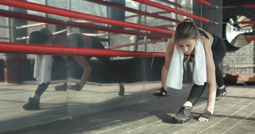 Sporty woman training morning workout in the gym. Young woman doing gym workout Footage