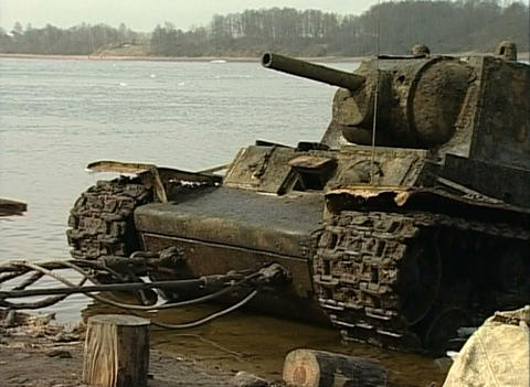 Sunken tank KV-1 was pulled from the river Footage