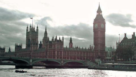 Evening view of Westminster palace and Thames river in London, England Live Action