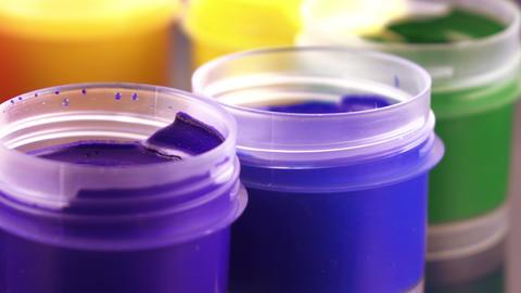 Set gouache in jars Live Action