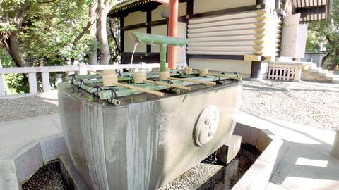 東京・赤坂・日枝神社の手水舎 ビデオ