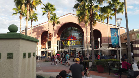 Food Court Entrance At Orlando Vineland Premium Outlets Live Action