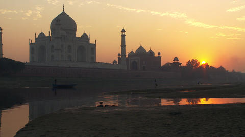 Taj Mahal and reflection of sunset Footage