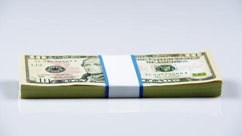 Bundle of American money Live Action