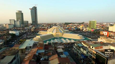 Phnom Penh Central Market - Panning Footage