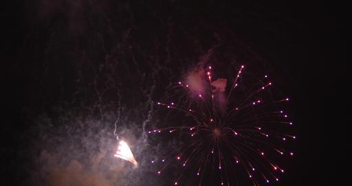 Fireworks behind the dark sky in Odaiba Tokyo at night ビデオ