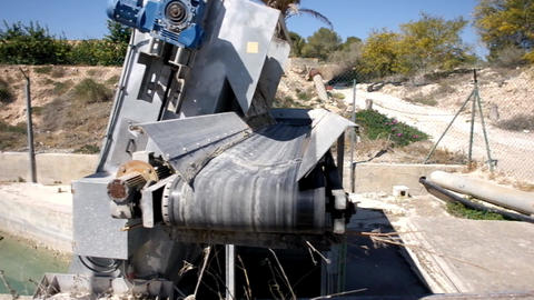 Aqueduct cleaning equipment Footage