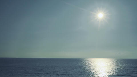 Sun and sea and blue sky Live影片