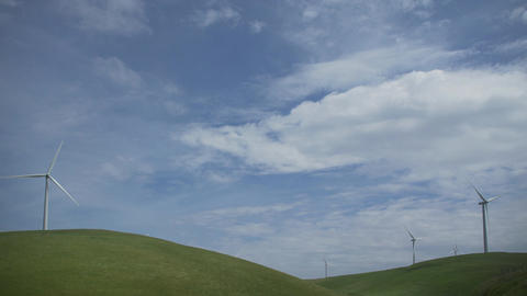 Dramtic sky above a Californian wind farm Footage