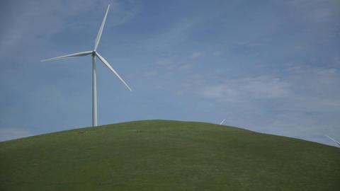 Single massive turbine in a Californian wind farm Live Action