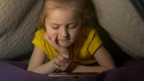 Little Girl Phone Addiction Footage