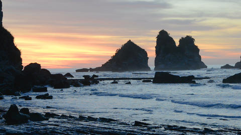Colourful stunning sunset over the Tasman Sea coast Live Action