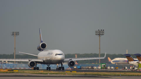 Lufthansa Cargo MD-11 before departure GIF