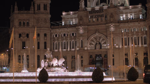 Cybele Palace with fountain. Landmark of Madrid at night, Spain Archivo